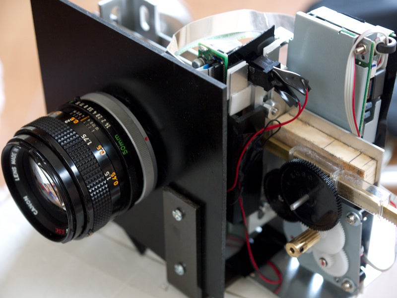 130-Megapixel Camera Made From a Run-Of-The-Mill Scanner and an Ancient Lens