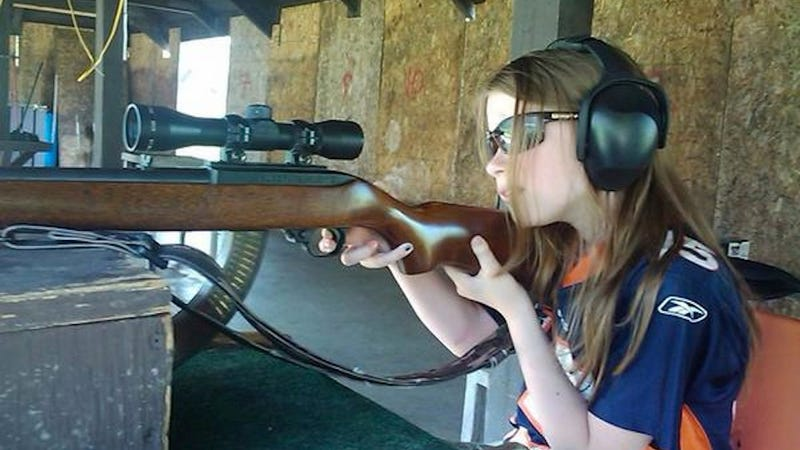 Twitter's Newest Conservative Trend: Pictures of Little Girls With Guns
