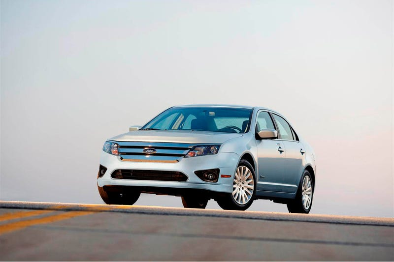 2010 Ford Fusion Hybrid: First Drive