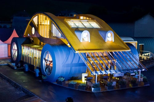 Meet The VW Beetle House And Restaurant