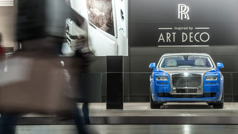 Would You Give Up Your Cell Phone For The Art-Deco Rolls-Royces?