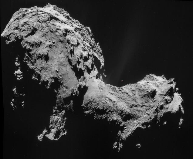 Look at the size of that comet Rosetta is chasing compared to a 747!