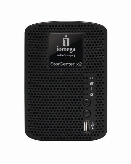 Compact StorCenter ix2-200 Gallery