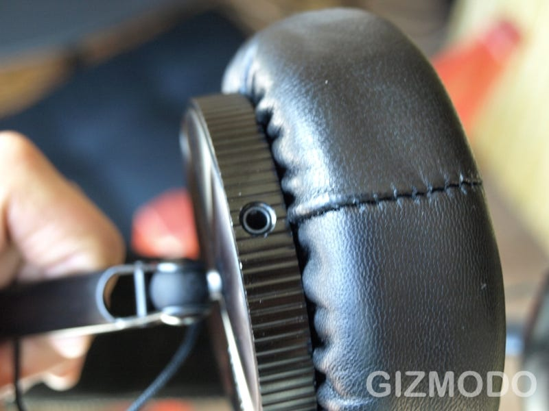 Lightning Review: Nixon Master Blaster Headphones