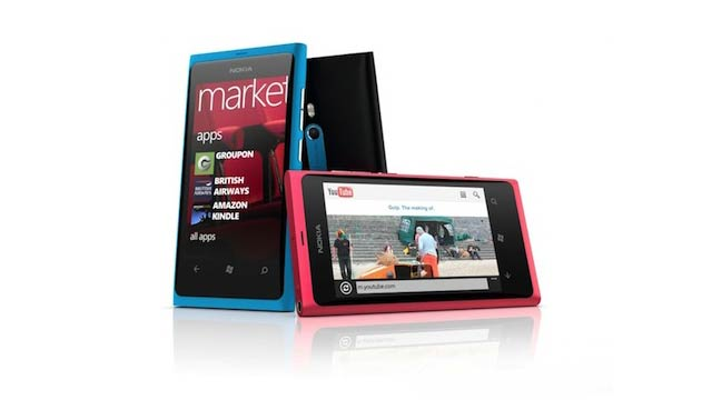 You Can Buy the Lumia 800 Now If You're Rich and Very Stupid
