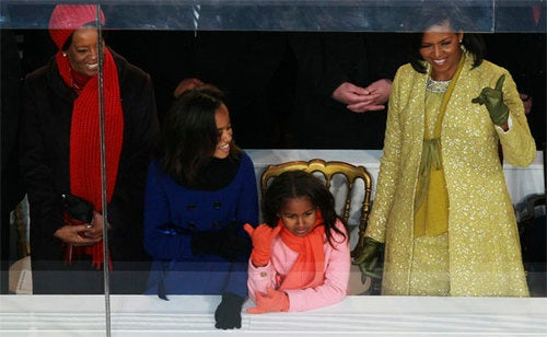 Sasha, Malia & Michelle Hang Loose