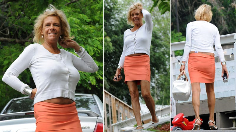 Tanning Mom Poses for Paparazzi Without Bra