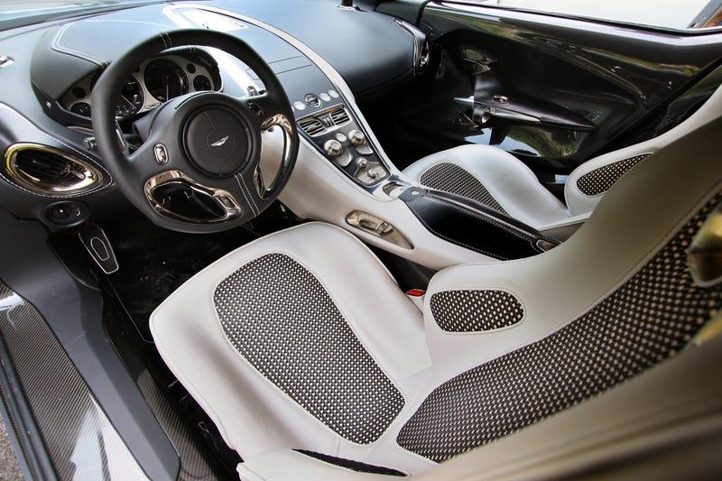 $1.75 Million Aston Martin One-77 Wins Fancy Award At Villa d'Este