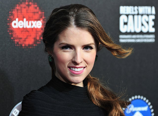Anna Kendrick: Braided Side Pony and Emerald Accessories