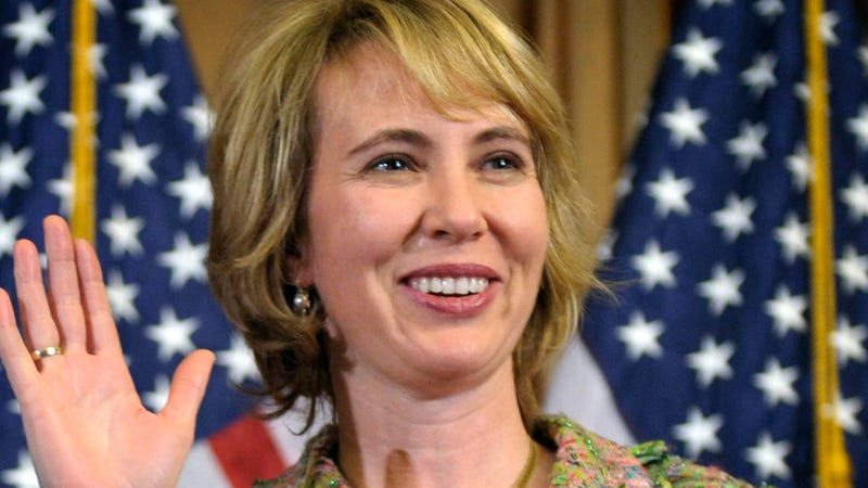 Will Arizona Law Force Gabrielle Giffords Out of Her Seat?