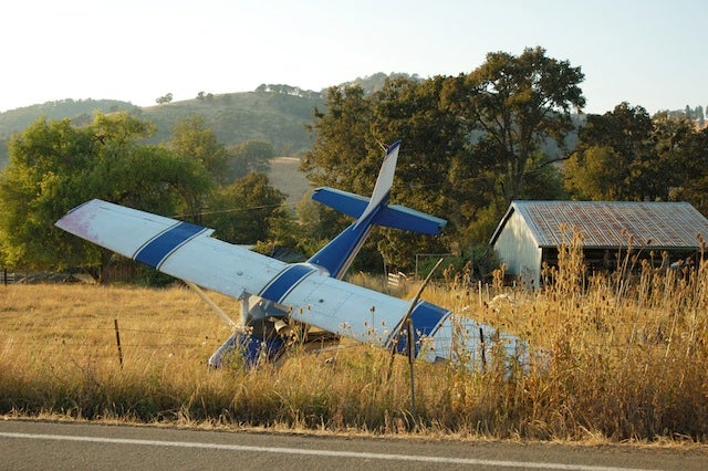 Your Cell Phone Actually Might Make Your Plane Crash