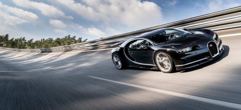 'Why The Bugatti Chiron Can't Match The Still-Great Veyron' from the web at 'http://i.kinja-img.com/gawker-media/image/upload/s--8Fwng1Cd--/c_scale,fl_progressive,q_80,w_800/ydp7ikjr3mvg7ietishr.jpg'