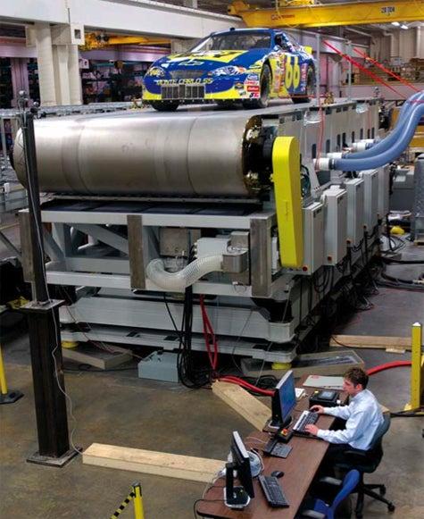 180mph Car Treadmill Great for Designers, Dangerous for Pilots