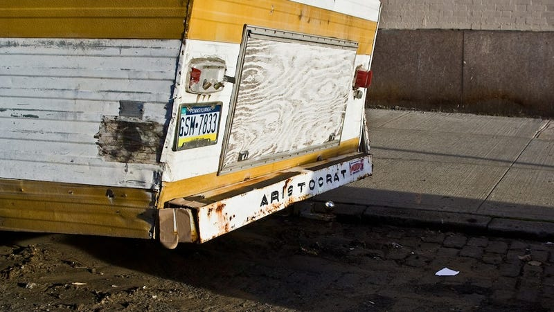 RVs, Large Objects, Little Boxes: What's Ruining Our Cities This Week