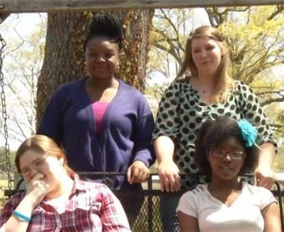 Georgia Teens Raise Money to Hold High School's First Integrated Prom Ever: 'Yeah It's Kind of Embarrassing'