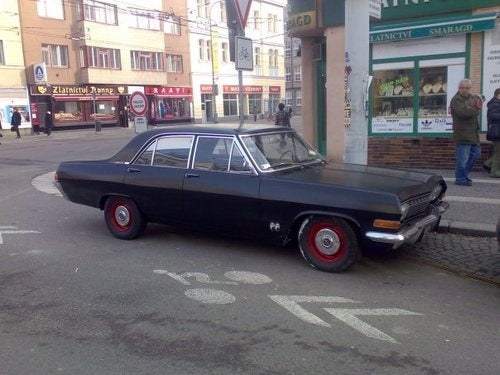 1966 Opel Admiral Brings Chevelle-ness To Czech Republic