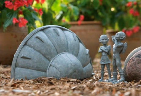 Add Some Laughs To Your Lawn With Little Green Men