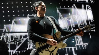"Tom DeLonge Pens Note to Fans: ""I Follow the Light...I Follow Passion"""