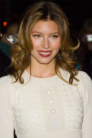 Jessica Biel To Strip For Stardom, SAG Award