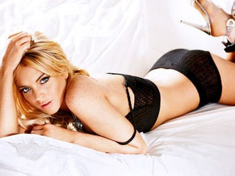 Free Lindsay Lohan's First Triumph: Boudoir Photos Displaying Alcohol-Monitoring Anklet