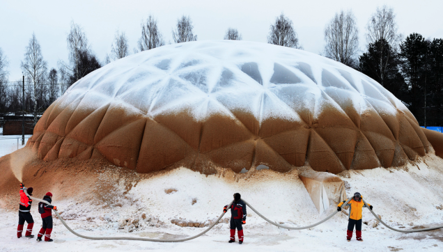 A Bizarre WWII-Era Supermaterial Made of Ice Is Making a Comeback