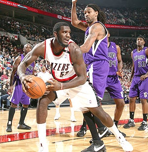 Greg Oden Couldn't Be More Thrilled With Your Request For A Photo