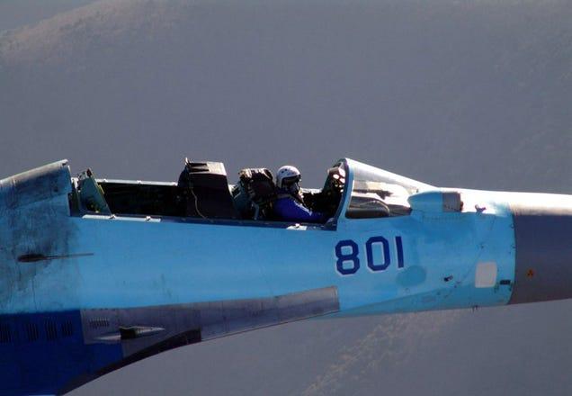 Sukhoi Su-35 18mlr43aaoopqjpg