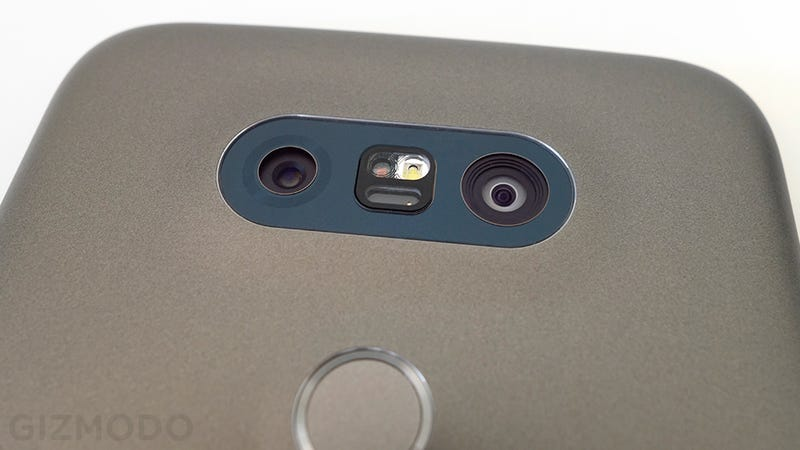 LG G5 Review: A Timid Attempt to Put the Gadget Back in Smartphones
