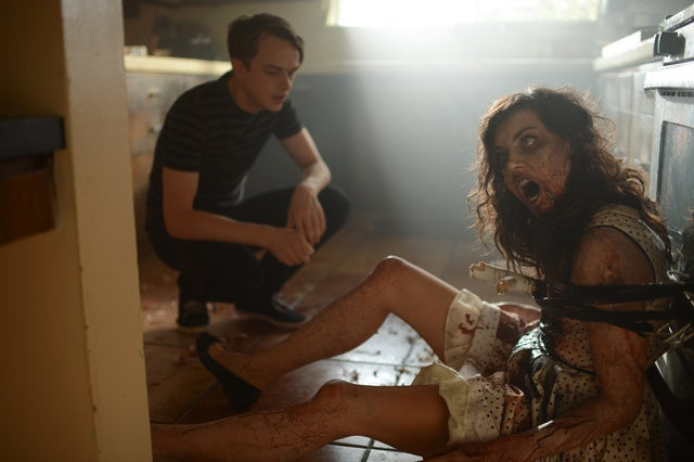 Aubrey Plaza Is a Dead On Zombie in Life After Beth
