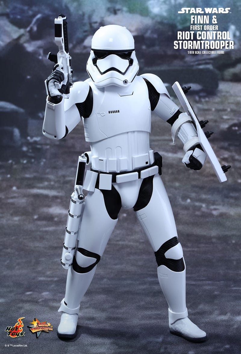 The Internet's Favorite Force Awakens Stormtrooper Is Getting a Fancy Hot Toys Figure