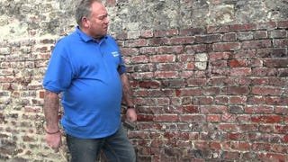 Repair Damaged Brick With a Chisel and Mortar Mix