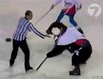 Begun, The Hockey Playing Ice Bear War Has