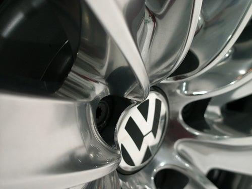 Volkswagen Phaeton Exclusive: Live Shots