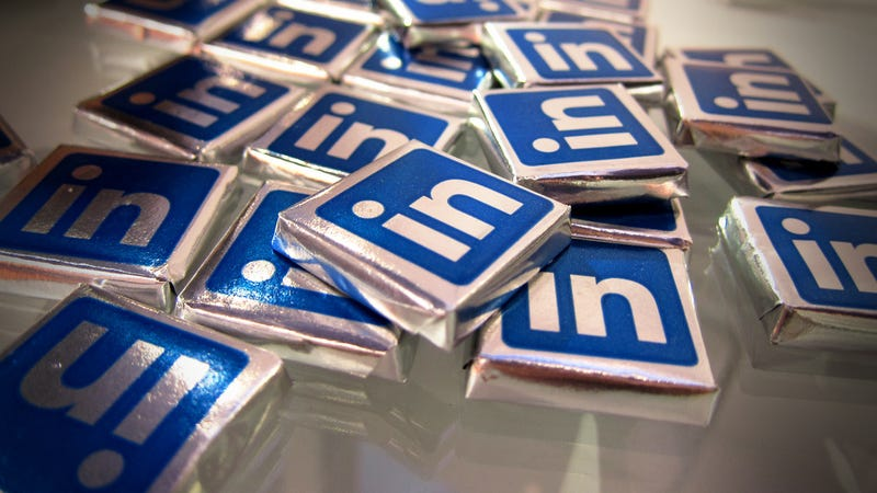 LinkedIn Transmits Personal Data in Plain Text (Update: And Leaks Passwords, Too!)