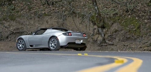 Electric Tesla Roadster Wastes Tons of Energy When Parked