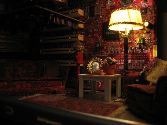 Russian Casemod Freak Builds a Miniature Living Room Inside His PC