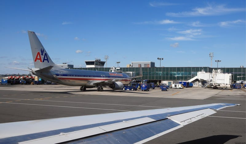 Dutch Teen Arrested for Trolling American Airlines with Twitter Threat
