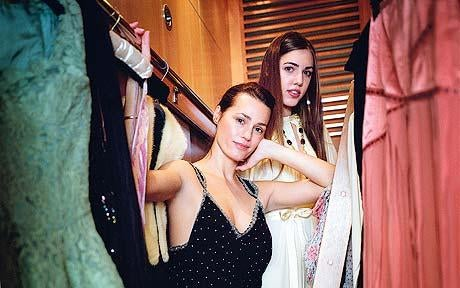 Amber Le Bon Raids Model Mom's Closet; Sienna To Vogue?