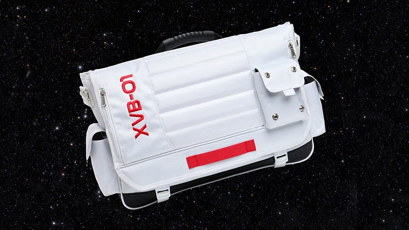 An Earthly Messenger Bag That Looks Ready For a Space Walk