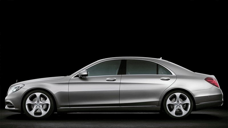 How Much Does The New 2014 Mercedes S-Class Look Like The Old One?