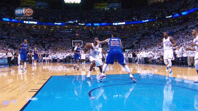 The Wild End To Clips-Thunder, Thanks To A Controversial Review