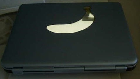 Banana Laptop Mod; Apple Got The Wrong Fruit
