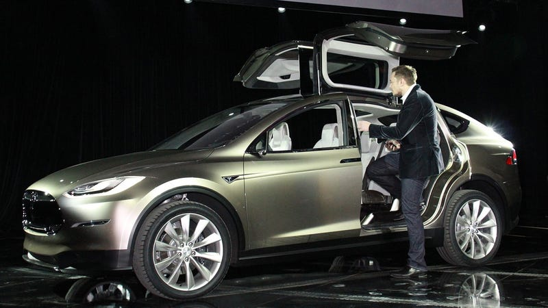 Tesla Model X Price Tops Out At $100,000