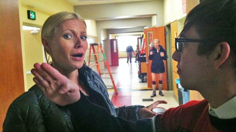Gwyneth Paltrow Gets Slapped in the Face
