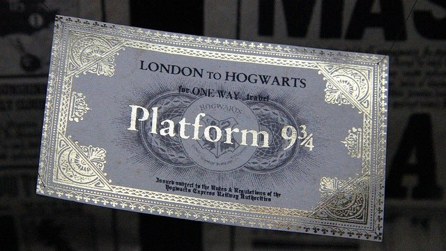 Harry Potter shop opens at Platform 9 3/4
