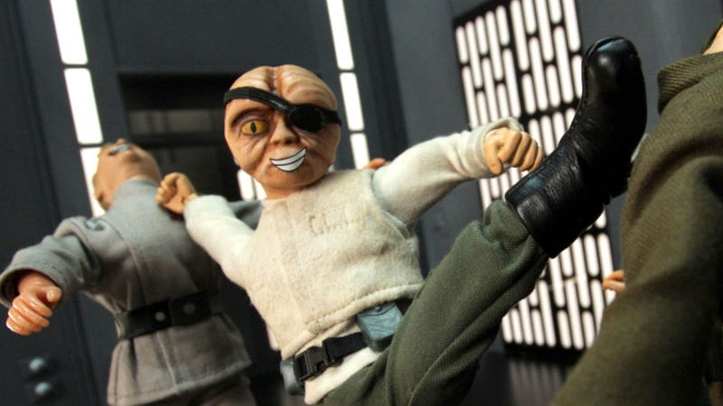 Watch Leia freaking out about her slave outfit, in a Robot Chicken Star Wars deleted scene!