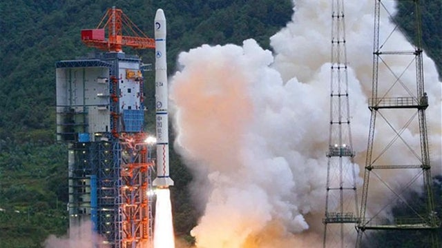 China to make its first ever moon landing in 2013