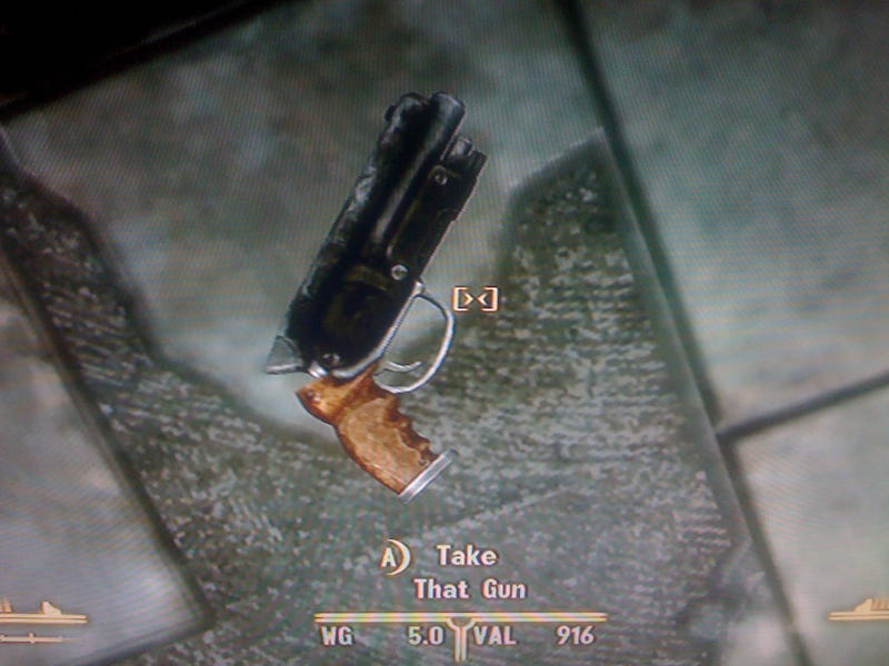 Deckard's Gun Costs 900 Caps In New Vegas