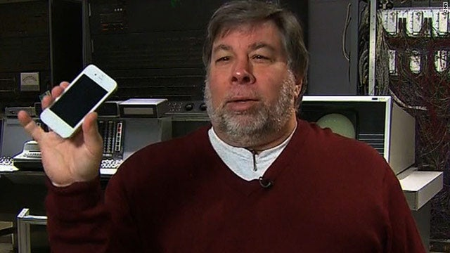 Woz Bought a White iPhone 4 From That Ballsy Chinese Teen