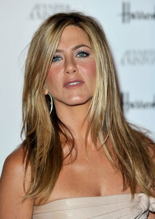 Jennifer Aniston Discovers The Concept Of Single Motherhood